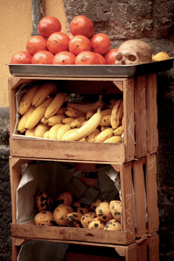 fruitsnskulls